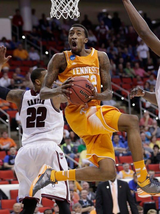 APTOPIX NCAA UMass Tennessee Basketball