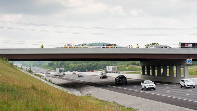Traffic passes under the Peytonsville Road bridge over Interstate 65 in Franklin.