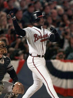 Fred McGriff had 10 30-homer seasons and eight 100-RBI seasons, finishing with 493 homers.