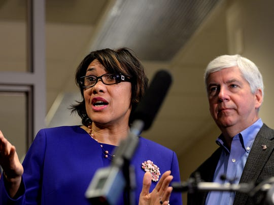 Gov. Rick Snyder and Flint Mayor Karen Weaver meet with the press after a meeting to discuss the next steps in regards to Flint's water crisis last week.