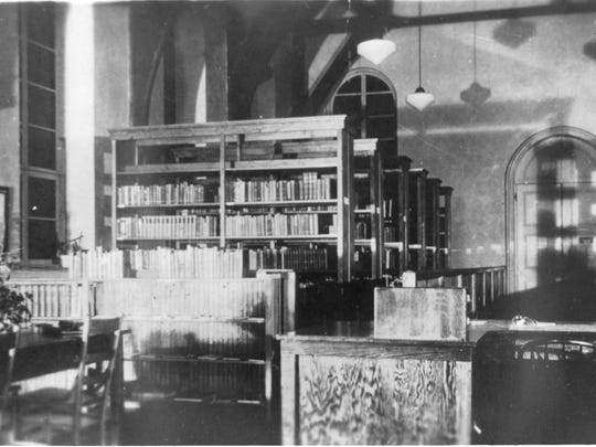 LIBRARY OLD, bookshelves