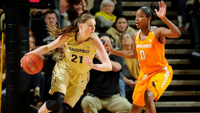 Vanderbilt's Erin Whalen (21) moves against Tennessee's Jordan Reynolds (0) during the third quarter at Memorial Gym in Nashville, Tenn., Thursday, Jan. 5, 2017.