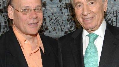 U.S.. Congressman Steve Cohen (left) with  former Israeli President Shimon Peres in 2007