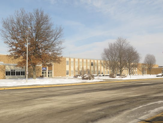 The exterior of Stissing Mountain Junior Senior High