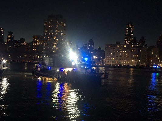 636563976915841023-NYC-Helicopter-Crash-GD0LDL84C.1.jpg