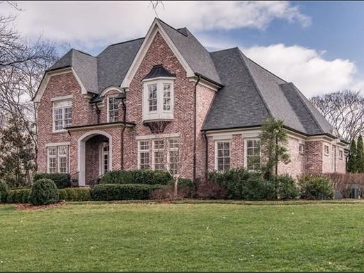 photo: house/residence of beautiful 16 million earning Nashville, Tennessee-resident