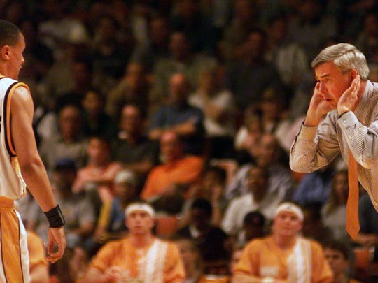 Tennessee coach Jerry Green and guard Tony Harris have a conversation in a game against North Carolina during the NCAA tournament South Regional on Friday, March 24, 2000, in Austin, Tex. North Carolina rallied past the Vols for a 74-69 victory. (NEWS SENTINEL ARCHIVE)