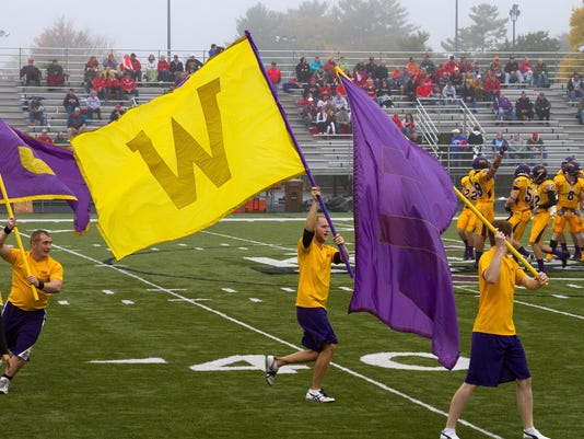 HomecomingFlags13.jpg