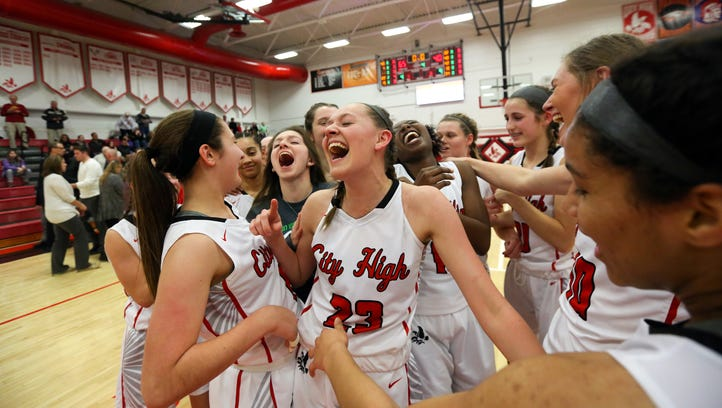 Iowa City to be well-represented at girls' basketball state tournament once again