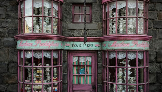 """Madam Puddifoot's tea shop, located in Hogsmeade village, is one of the many magic windows featured at """"The Wizarding World of Harry Potter"""" at Universal Studios Hollywood."""