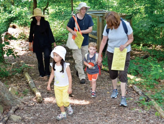 Tenafly Nature Center will host a seasonal scavenger