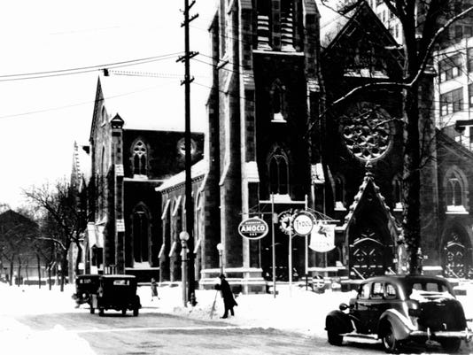 SECONDARY St_Patrick's_Cathedral_circa1930.jpg