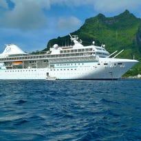 Cruise ship tours: Paul Gauguin Cruises' Paul Gauguin