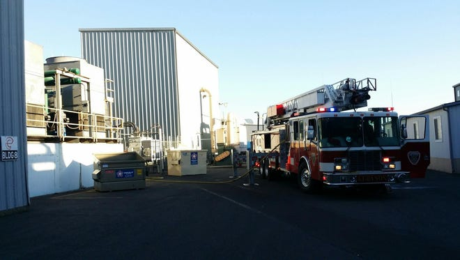 Crews respond to a fire at the Entek Manufacturing plant in Lebanon.