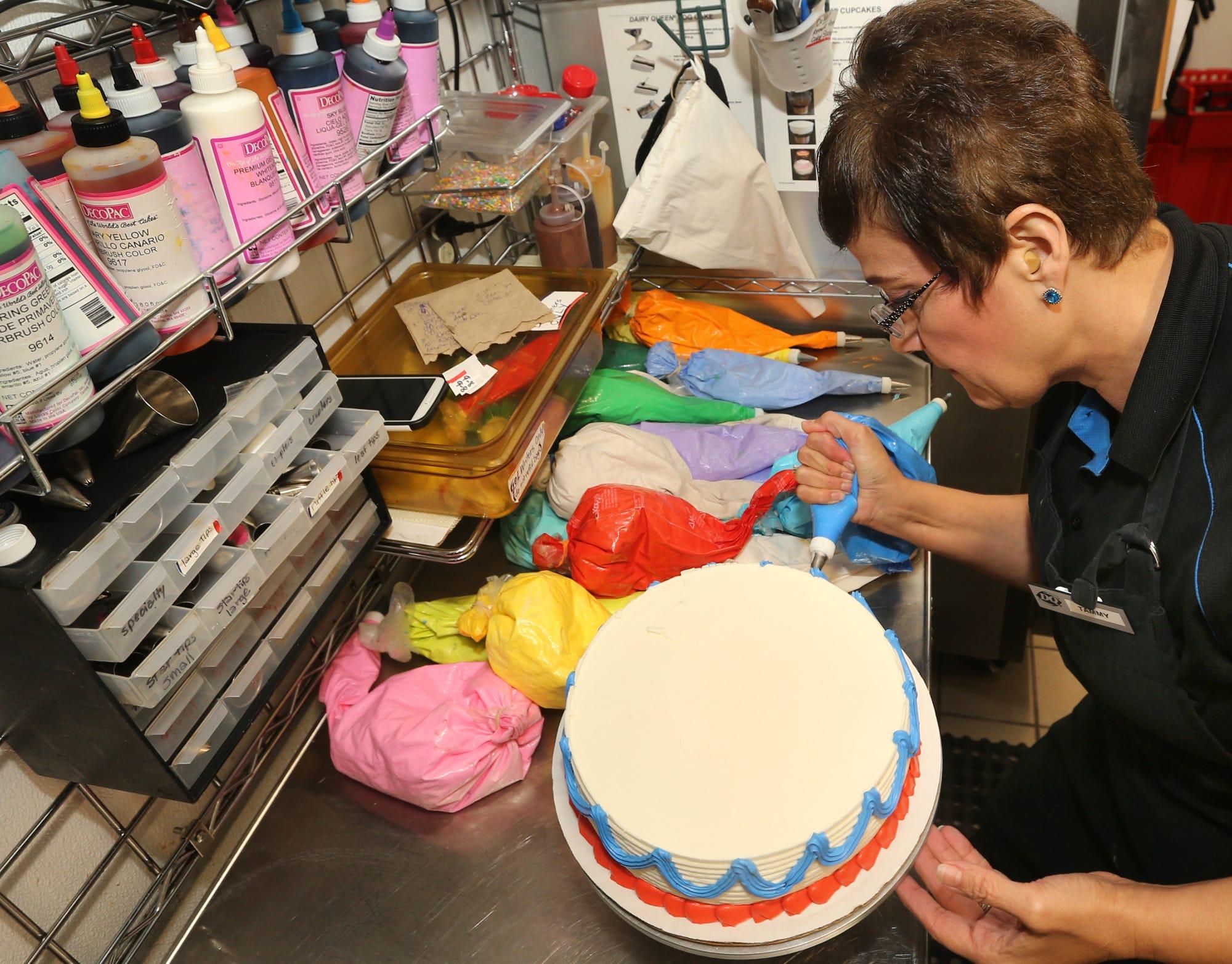 Ice Cream Cake Decorator Job Shadow