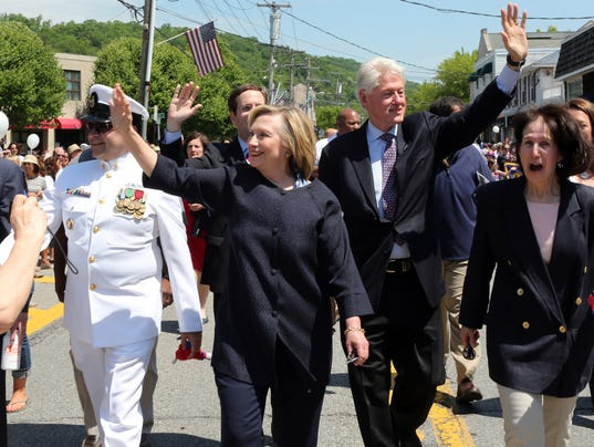 Hillary bill clinton march in chappaqua memorial day parade Bill clinton address chappaqua