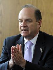 Western Carolina University chancellor David O. Belcher died after a battle with brain cancer.