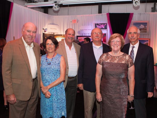 Helping People Succeed raises $80K at 'Pinot & Picasso' event