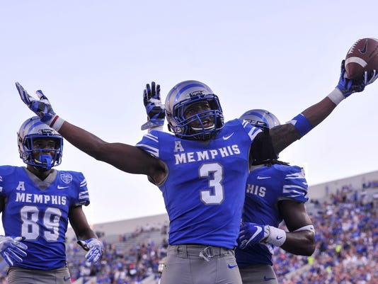 NCAA Football: Navy at Memphis