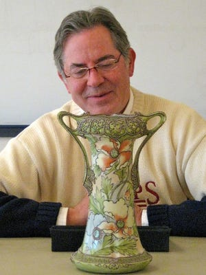 Mike Moran will do antique appraisals at Central Minnesota libraries.