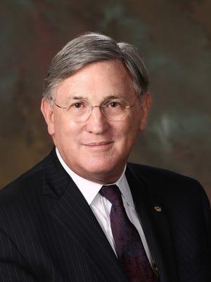 Nashville School of Law Dean William Koch