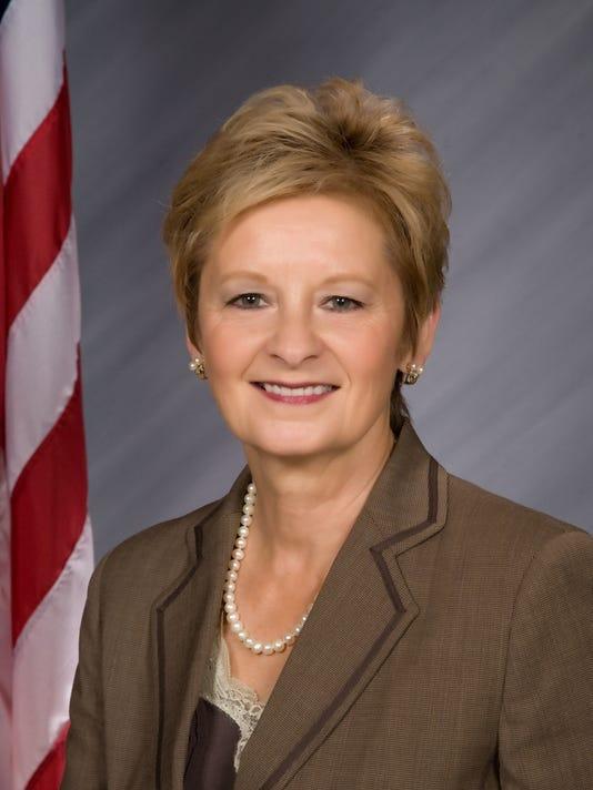 635818504495074794-IN-Secretary-of-State-Connie-Lawson