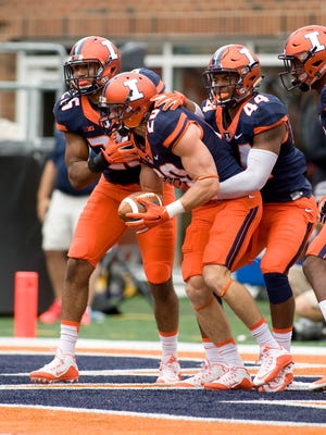 The Bengals took Illinois defensive back Clayton Fejedelem (20) in the last round of the NFL Draft.