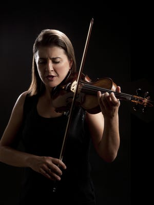 Nadja Salerno-Sonnenberg will perform with the Oregon Symphony in Salem.