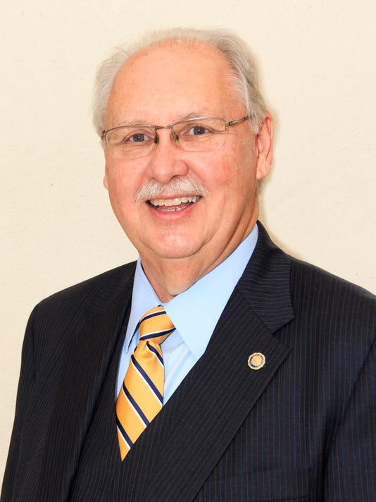 Dr. Dan Lunsford announced plans to retire as president of Mars Hill University