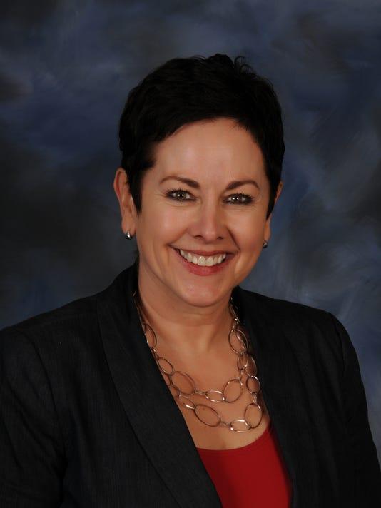 Sandra Lyon