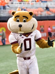 Minnesota Golden Gophers mascot Goldy Gopher celebrates