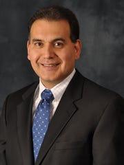 Dr. Arturo Castro