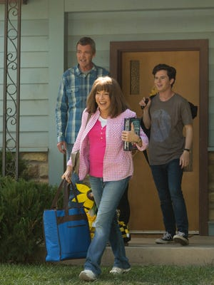 "It's moving day in ""The Middle"" series finale as Mike (Neil Flynn), left, and Frankie (Patricia Heaton) prepare to drive Axl (Charlie McDermott) from Indiana to his new job in Denver."