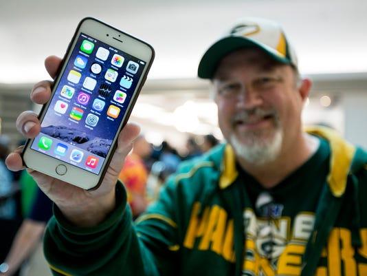 Apple iPhone Costs_Clar.jpg