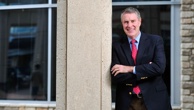 Bill Frist poses outside 2525 West End on Friday.