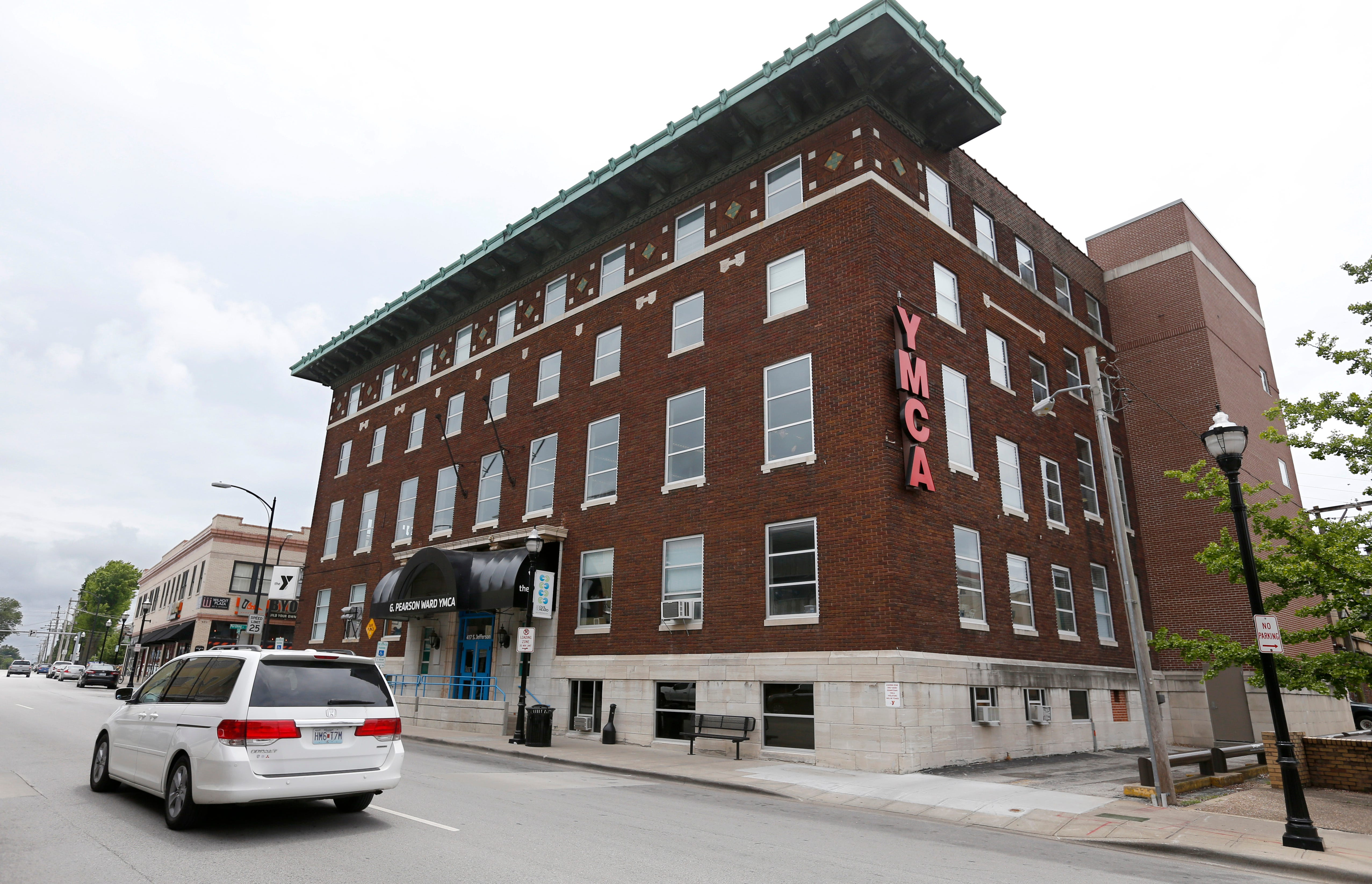 Array - proposal calls for springfield u0027s downtown y to add low      rh   news leader com