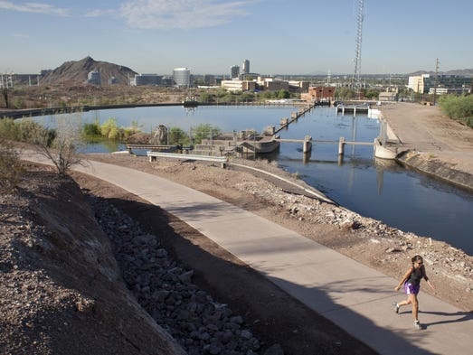 Quagga mire invading mussels threaten ariz waterways for Az game and fish boat registration