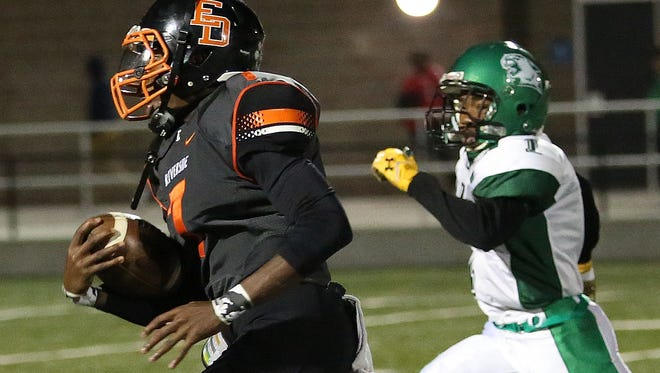 The return of senior receiver Chris Sykes is one of the reasons Milwaukee Riverside is the pick to win the City Conference Richardson Division.