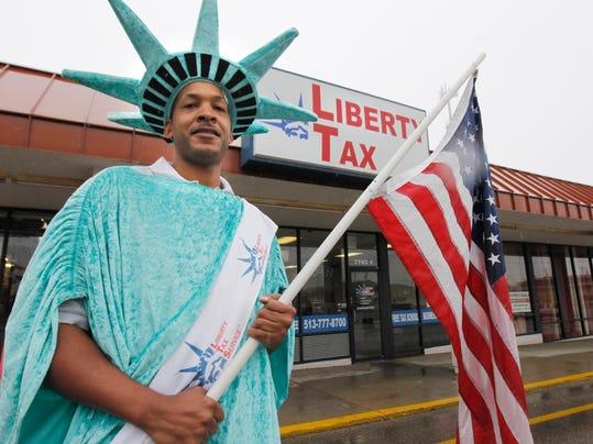 -liberty tax 5.jpg_20121207.jpg