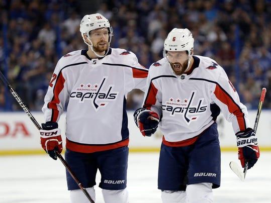 Washington_Lightning_Hockey_87918.jpg