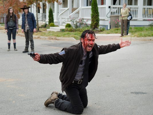 Threats abound in 'Walking Dead' finale