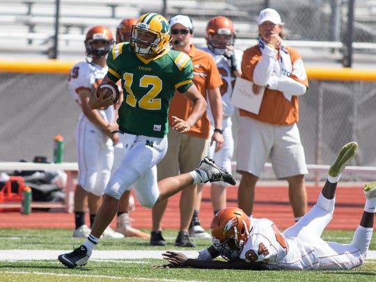 Mayfield quarterback Torry Locklin finds running room
