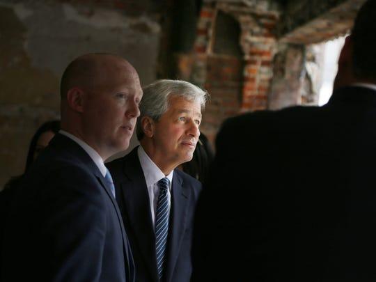 JPMorgan Chase's Dim.JPG
