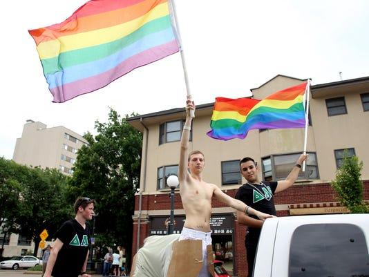 IMG_IOW_0616_IC_Pride_Pa_1_1_9R4DGP5G.jpg_20130616.jpg