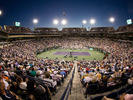 The main stadium is packed during the Roger Federer-Tommy Haas match at the round of 16 of the 2014 BNP Paribas Open.
