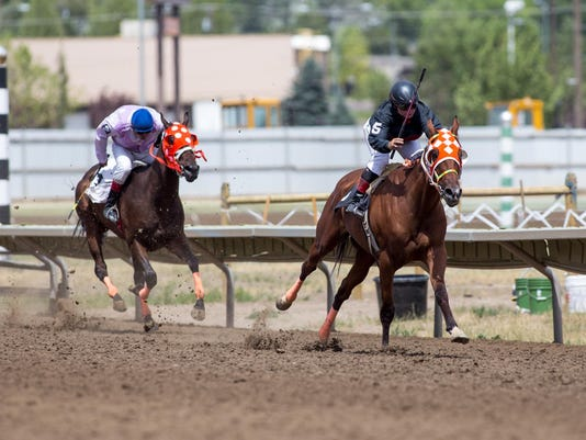 -frost_gointotheraces_july 25, 2015_2.jpg_20150725.jpg