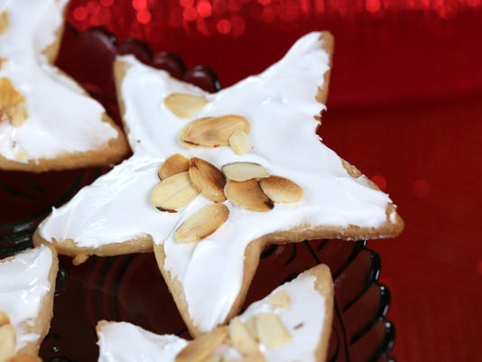 DFP Holiday Cookie W