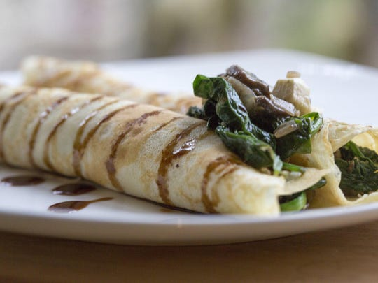 Spinach and mushroom crepes with feta