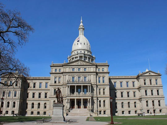 A liberal group announced Thursday it will launch a signature drive to amend the state constitution to reduce the influence of lobbyists on the political process and improve transparency.