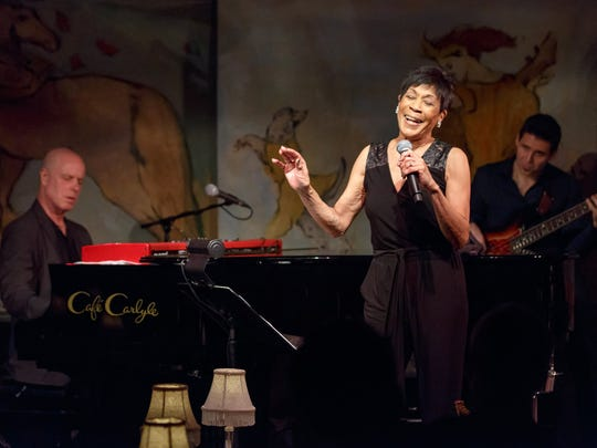 Bettye LaVette on stage at the Cafe Carylyle in New York, with pianist Alan Hill and bassist James Simonson.